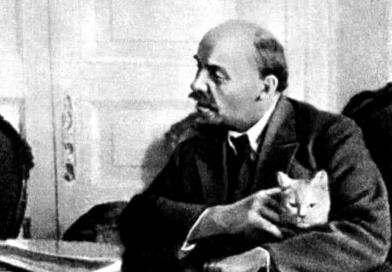 Hommage à Lénine.